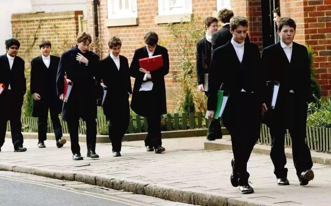 2020英国经济专业最好的大学出炉!附Alevel录取要求