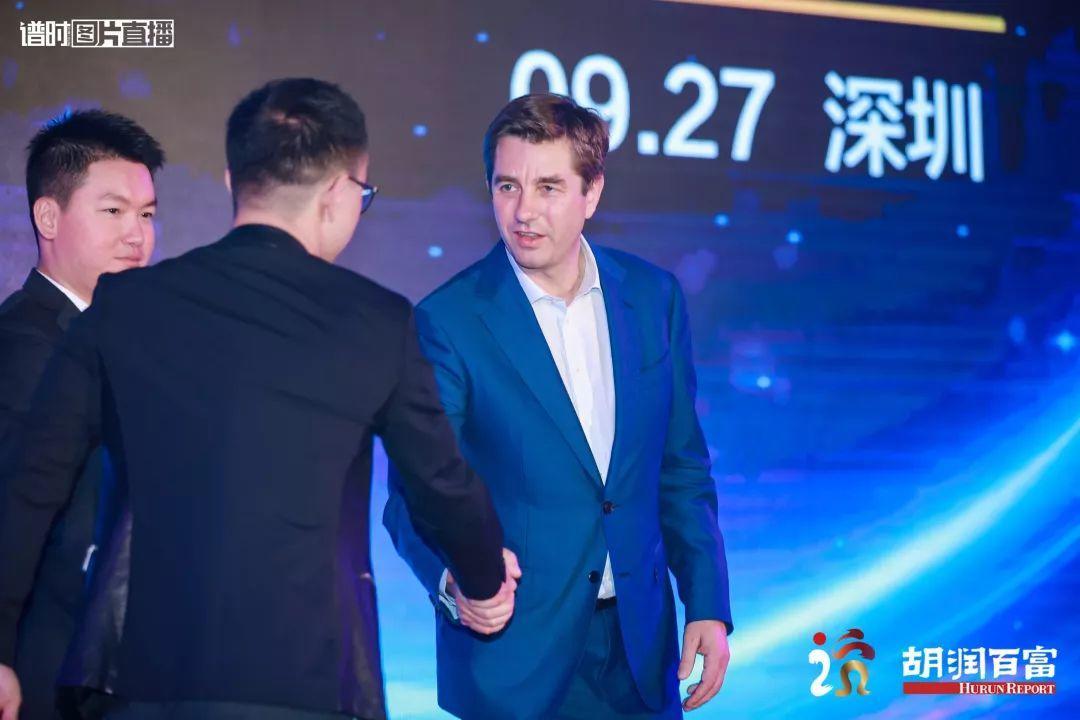 30岁以下创业领袖 深国交2009届毕业生|张轶 2019胡润 荣登榜单!