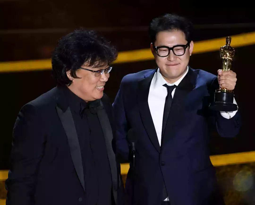 如何评价社会学系导演奉俊昊的电影《寄生虫》?