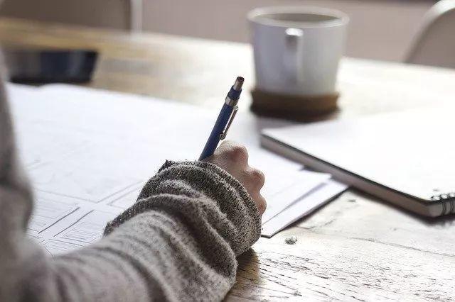 国际班|平常得分高≠入学考试写作能写好  备考国交 第11张