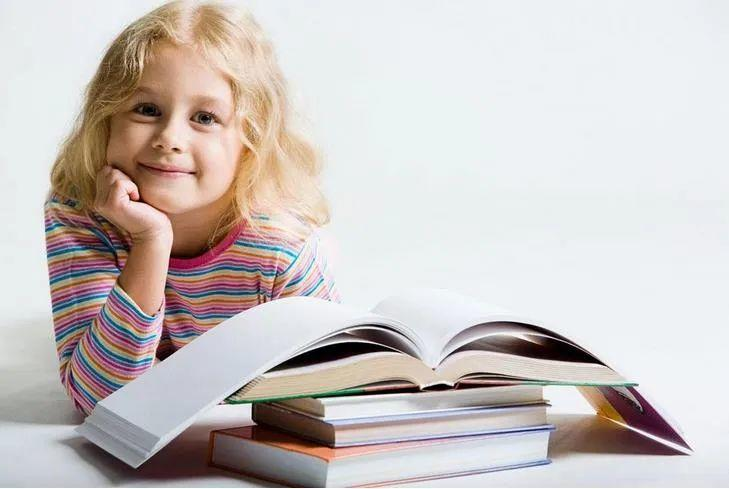 去英读书一年要花多少钱?学费,住宿,伙食以及购物各需准备多少?  留学 费用 第1张