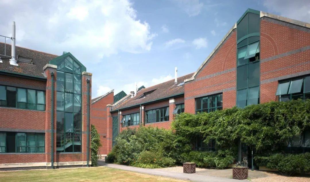 和麻省理工在全世界享有同等的声誉的帝国理工 就在皇室旁  英国大学 第7张