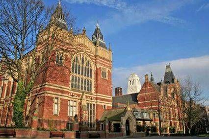 英国大学学费排名TOP20!牛津学费都没有进前十(惊讶)  数据 牛津大学 剑桥大学 费用 第19张
