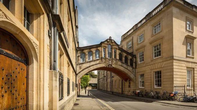 牛津较剑桥的本科申请,有哪些方面是需要提前知道的  牛津大学 剑桥大学 英国留学 第1张