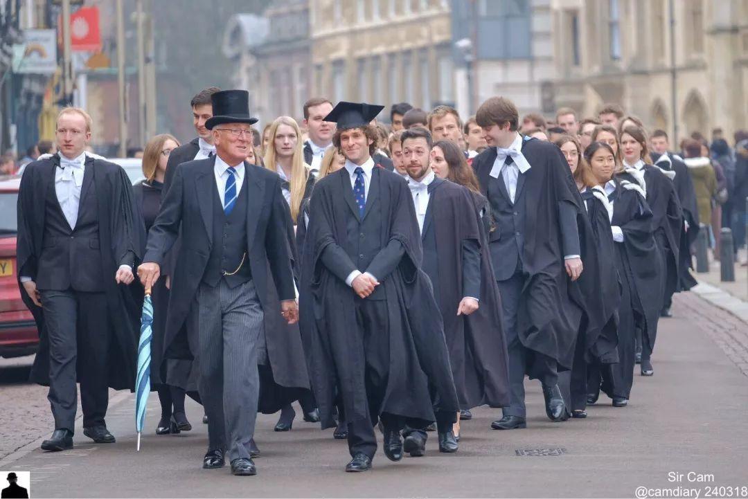 剑桥预计2020年的毕业典礼将推迟到2021年举行  英国大学 剑桥大学 第2张