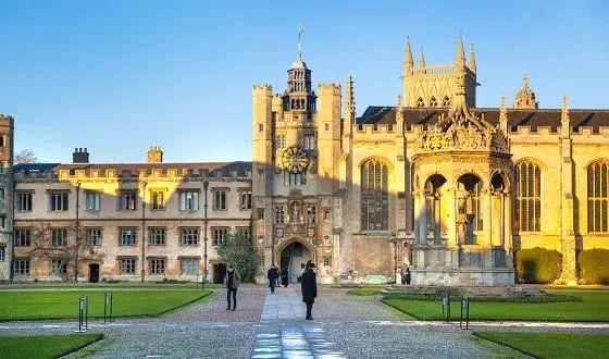 牛津较剑桥的本科申请,有哪些方面是需要提前知道的  牛津大学 剑桥大学 英国留学 第2张