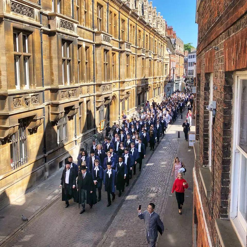 剑桥预计2020年的毕业典礼将推迟到2021年举行  英国大学 剑桥大学 第3张
