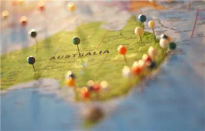 2020最佳出国留学国家排名(由educations.com发布)英国表示不服