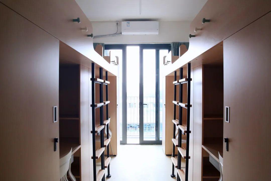 深圳237.4万师生开学了!比较一下国际学校的开学典礼  深圳国际交流学院 第6张