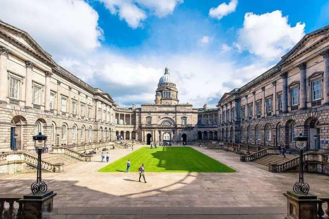 2021年申请之爱丁堡大学 -- 爱丁堡大学商学院 相关截止日期