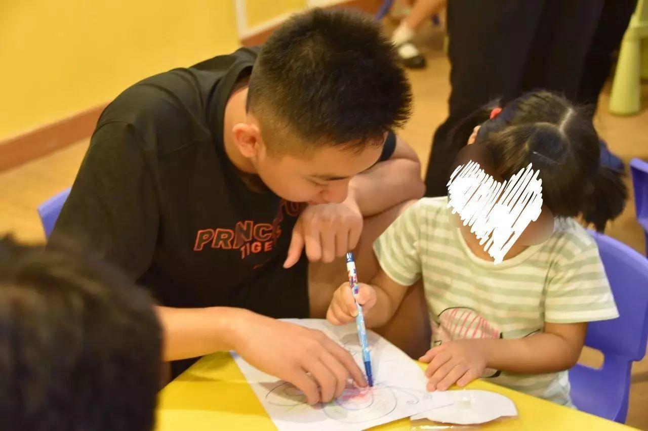 游子 | 非常学堂陪伴脑伤儿童活动
