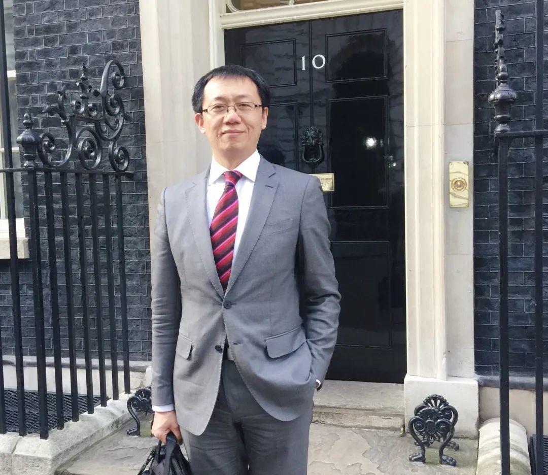 名师讲堂| 伦敦大学学院Dr. Hu:UCL的卓越与抗疫担当