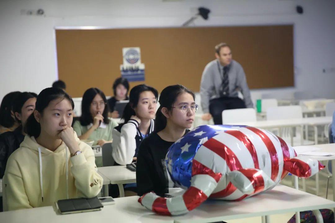 深国交政治社| 美国大选,看看国交里的模拟美国选举到底是谁赢了  深国交 深圳国际交流学院 Winnie 第7张