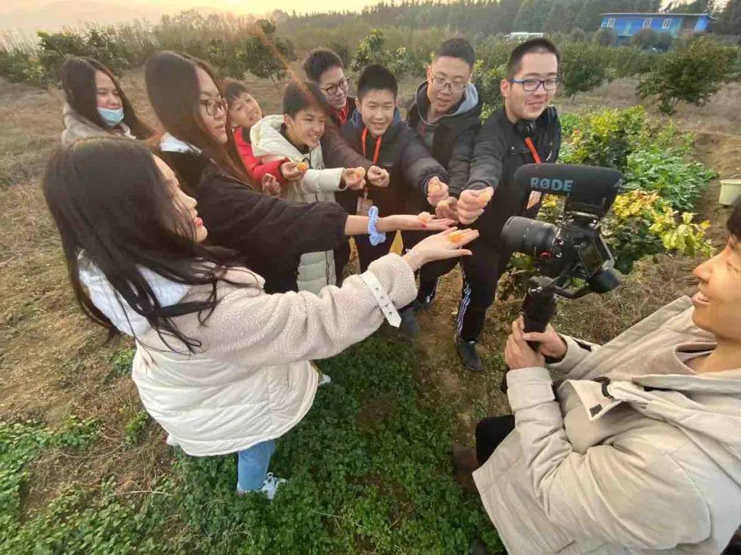 深国交游子社:平安村里的平安小学,今天来了深国交的一群小老师  深圳国际交流学院 第14张
