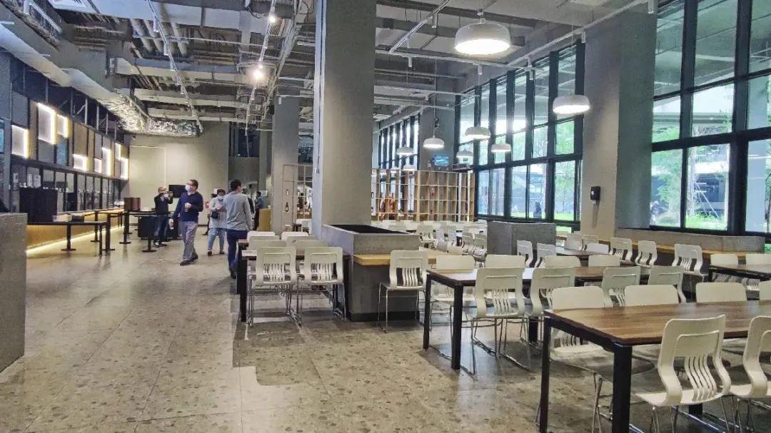 深国交学子讲讲在安托山新校区里学习与生活是一种什么样的体验