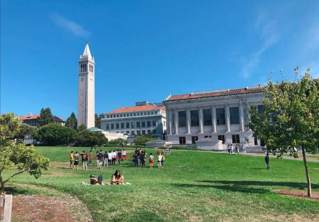 最新数据美国最好公立大学本科生起薪能挣多少?
