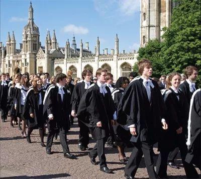 对比:剑桥大学31个学院在学术费用位置等优缺点分析(1~10)