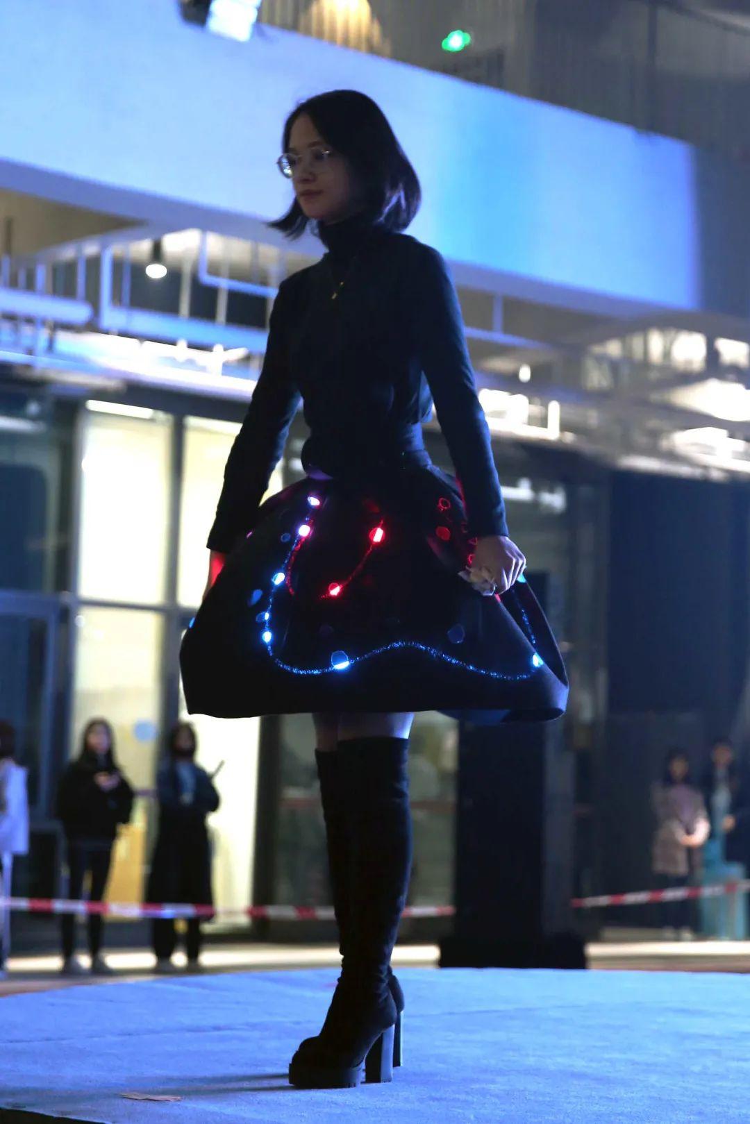 深国交2021 Fashion Show - 校园活动 疫情之下的时尚  深国交 深圳国际交流学院 第6张