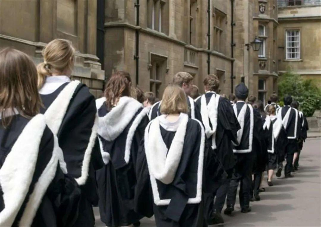 为什么牛津和剑桥不能同时申请?主要原因竟然是。。。  英国留学 牛津大学 剑桥大学 第3张
