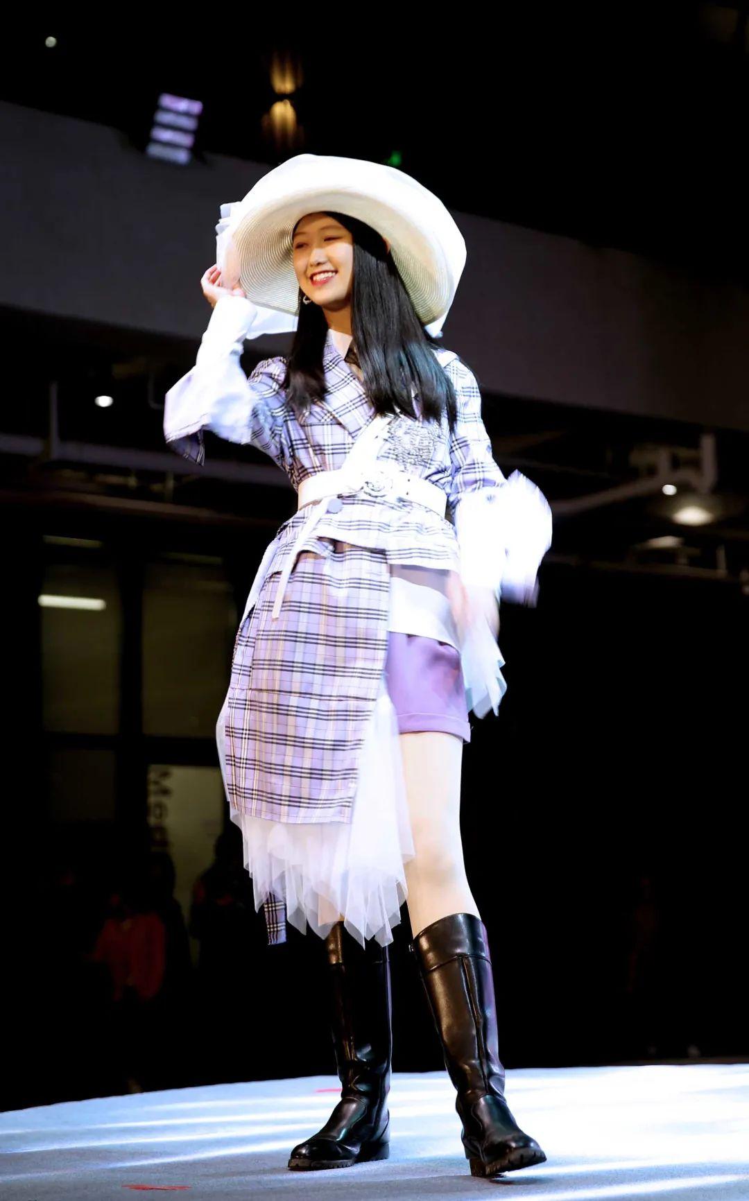 深国交2021 Fashion Show - 校园活动 疫情之下的时尚  深国交 深圳国际交流学院 第4张