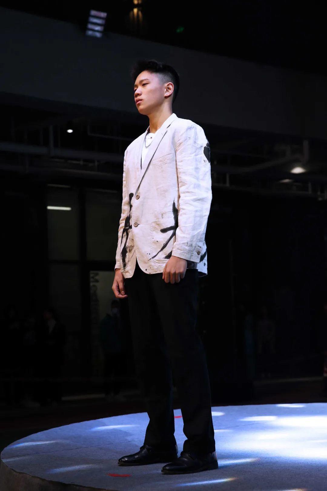 深国交2021 Fashion Show - 校园活动 疫情之下的时尚  深国交 深圳国际交流学院 第10张