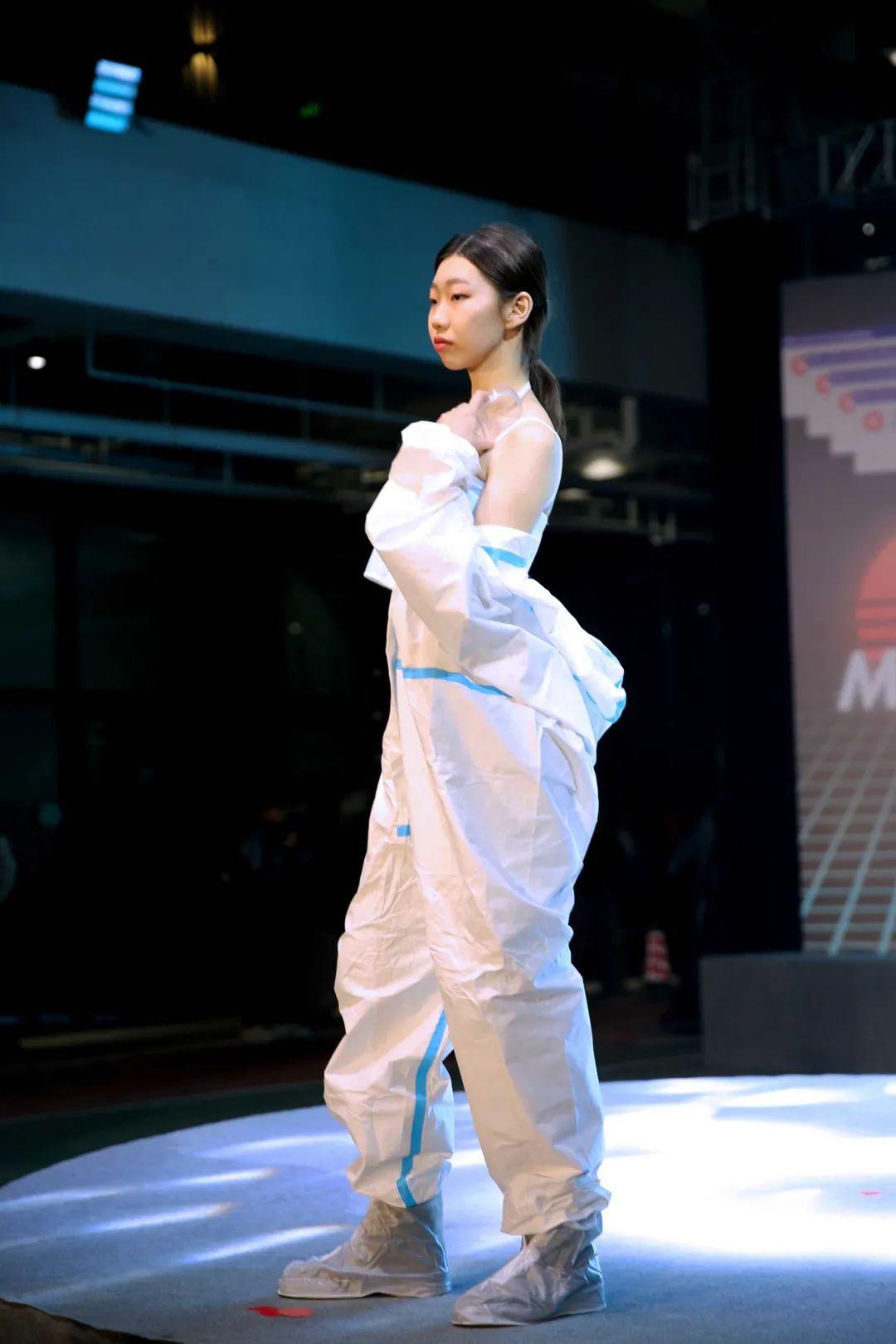 深国交2021 Fashion Show - 校园活动 疫情之下的时尚  深国交 深圳国际交流学院 第24张
