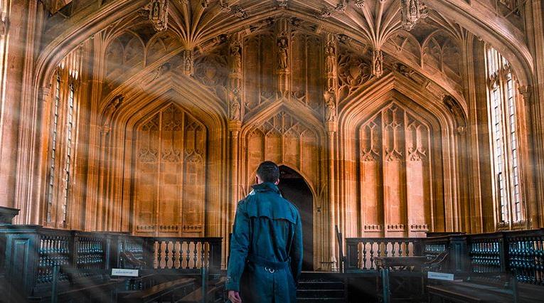 面对牛津剑桥众多学院,同学们该如何选择自己的dream college?