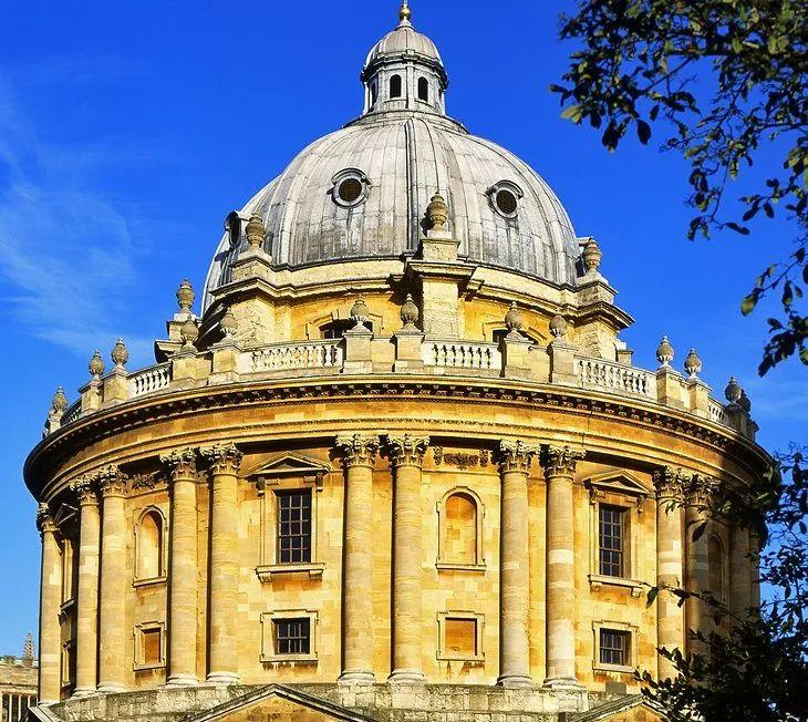 牛津2021年本科录取人数,预计比去年减少400人