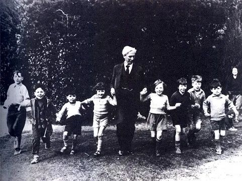 教育是开启新世界的钥匙——著名哲学家、历史学家、数学家、逻辑学家罗素谈教育  哲学 第6张