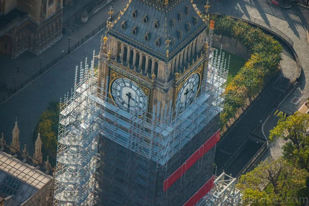 修了4年,伦敦大本钟回归在即!以后又可以拍照打卡了  英国留学 第4张